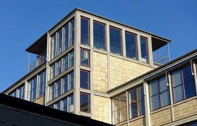 Der Turmaufbau des Ludwig-Georgs-Gymnasiums in Darmstadt