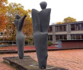 "Skulpturen von Bernhard Heiliger ""Figuren in Beziehung"""