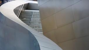 Außentreppe der Walt-Disney-Concert-Hall in Los Angeles