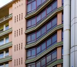 Die heutige Farbgebung in Pastellfarben entspricht dem Zeitgeist der siebziger Jahre.