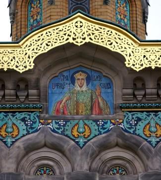 Zahlreiche Ikonenmalerein schmücken die russische Kirche in Darmstadt innen und außen.