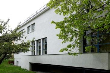 Haus Auerbach in Jena. Die Gartenseite strahlt zeitlose Eleganz aus.