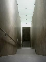 Lediglich den Treppenhäusern konnte der Architekt das Bunkerfeeling nicht nehmen.