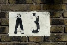 Im internen Code hat der Südflügel des Baus die Bezeichnung A3, geschichtsträchtig markiert an den Gebäudeecken.