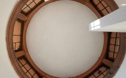 Selbst die Dachkuppel des kleinen Klohäuschens ist beeindruckend.