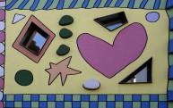 Herzen und Sterne sind die Lieblingsmotive des Pop-Art-Künstlers James Rizzi.